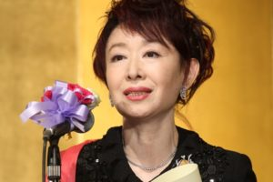 三田佳子の画像