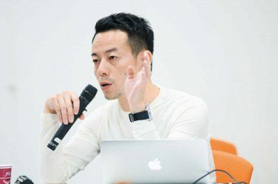 浜崎慎治監督の写真