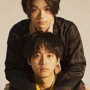 中村倫也と松坂桃李の2ショット写真